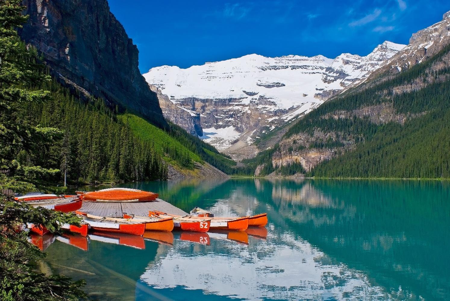 Kanada Alberta Banff Lake Louise Kanus ©123RF